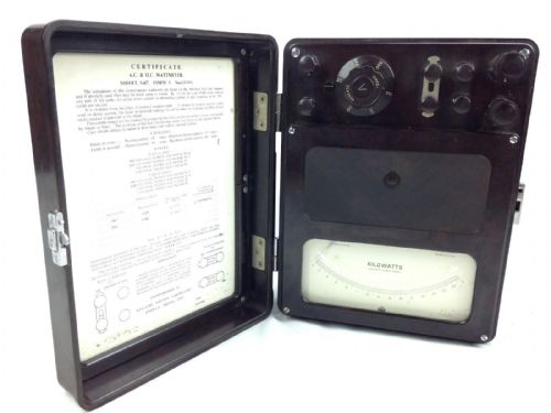 Bakelite Watts Meter Cased - Vintage Electricians Surveyors Equipment
